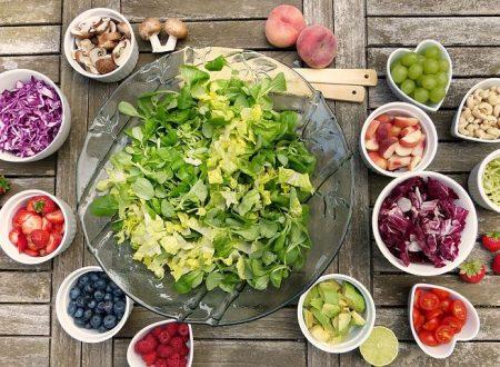 Gli ambiti nutrizionali per favorire uno stile di vita sano e attivo